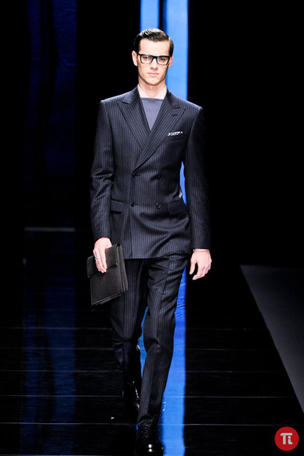 7b637a84316 Стильный мужской костюм в модную клетку оптом и в розницу по самым низким  ценам !!!