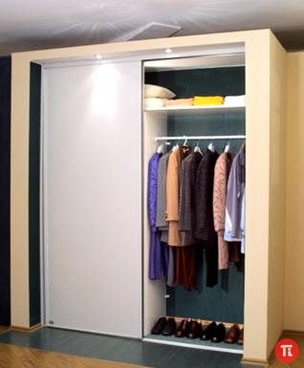 Встроенные шкафы купе в прихожую: на фото угловые и радиусны.