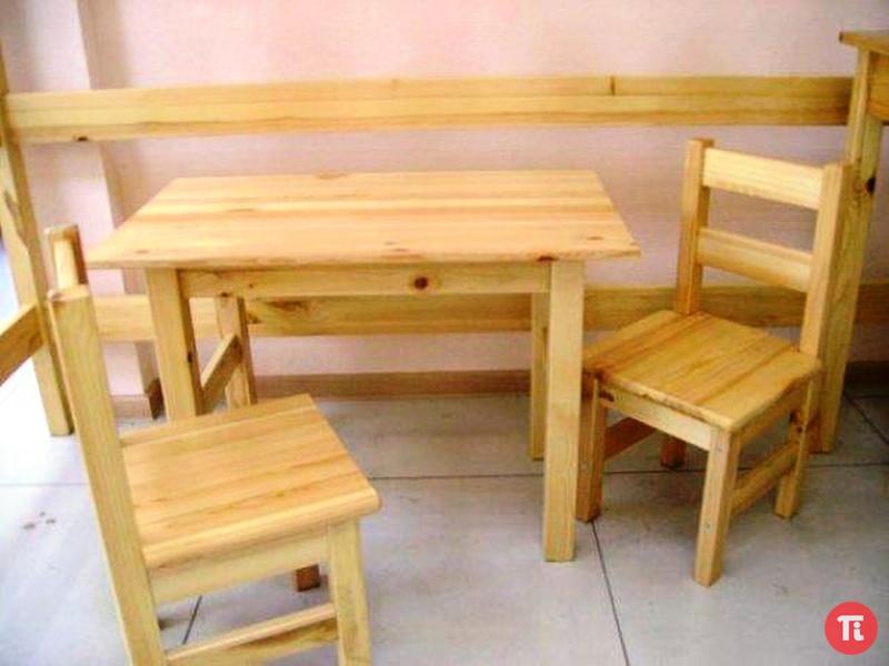 Как своими руками сделать стол и стулья 482