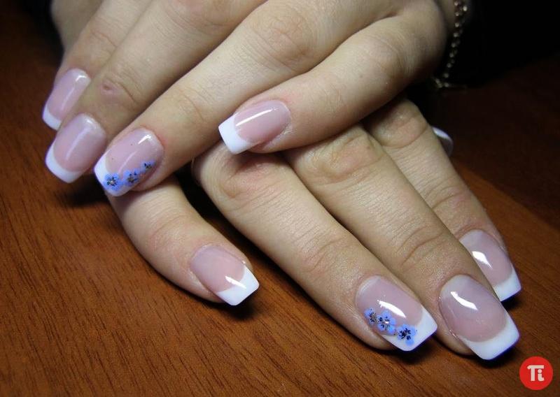 Маникюр на акриловых ногтях