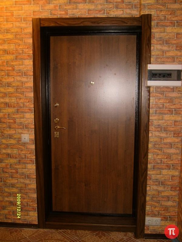Как облагородить входные двери