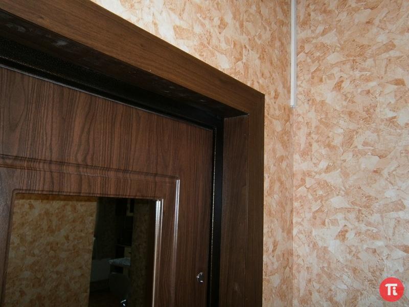 наружняя отделка на двери металлические