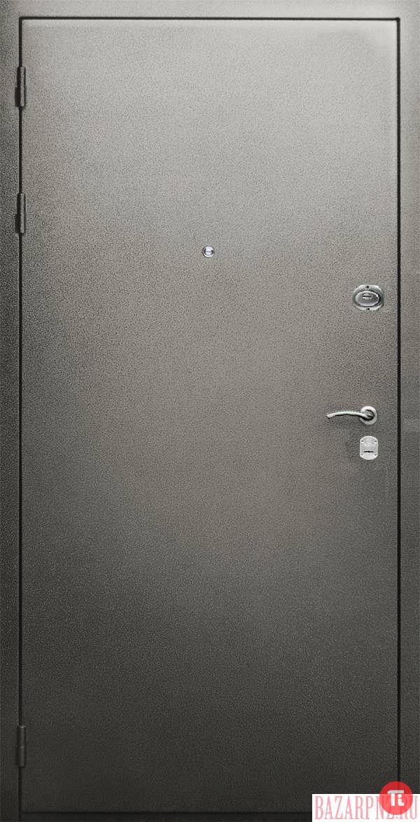 двери металлические в новостройке