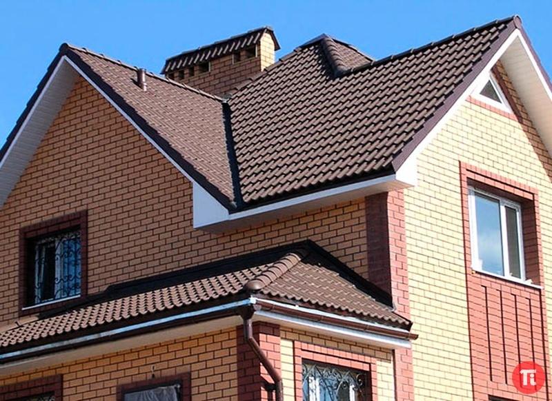 Крыша кирпичного дома фото