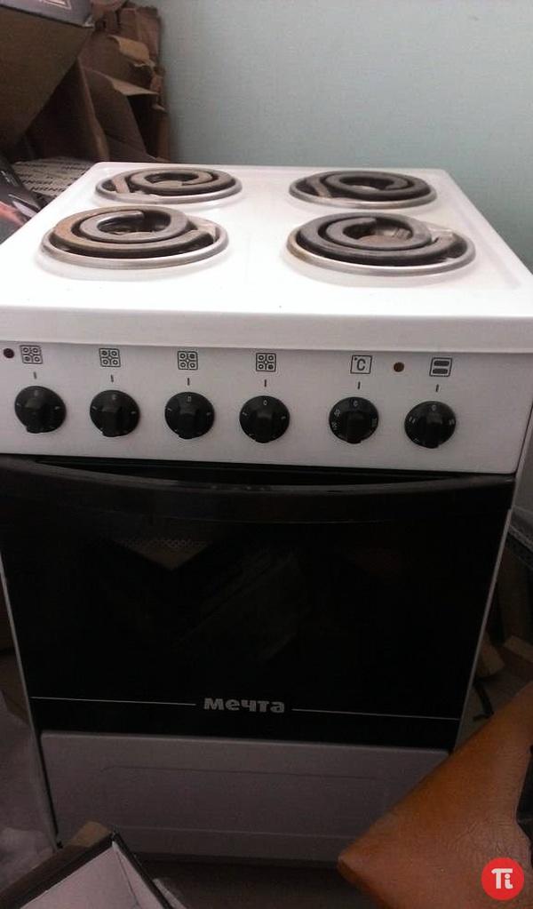 Продам электроплиту Мечта модель 12-03.  Б/у 2 месяца, состояние хорошее, получали в 2012 году.